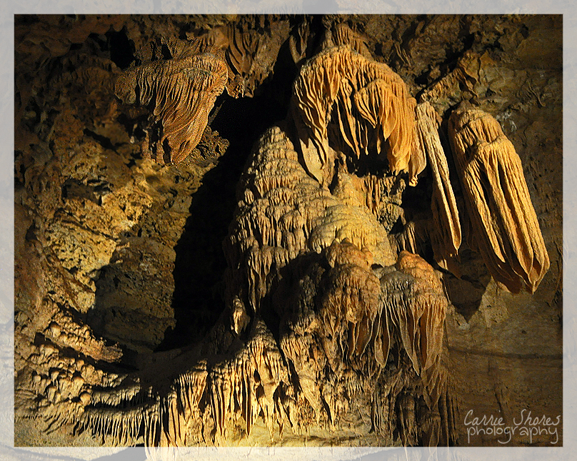 Stalactites by Coraleat