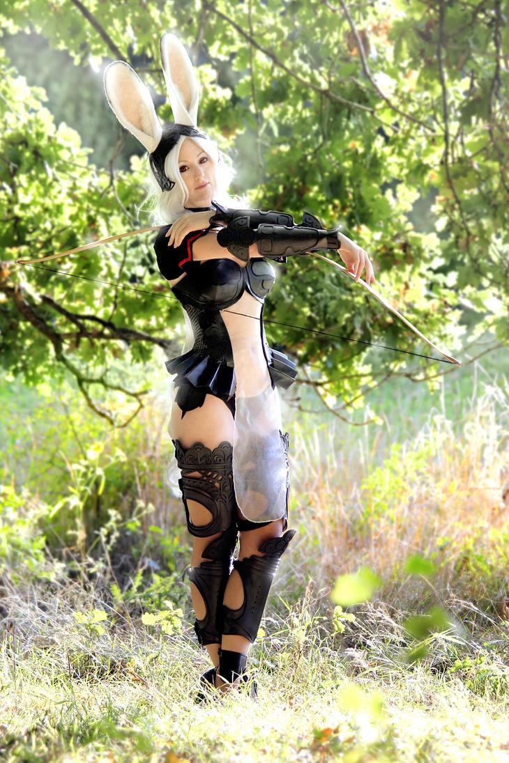 Fran: Viera warrior by LittleBlondeGoth
