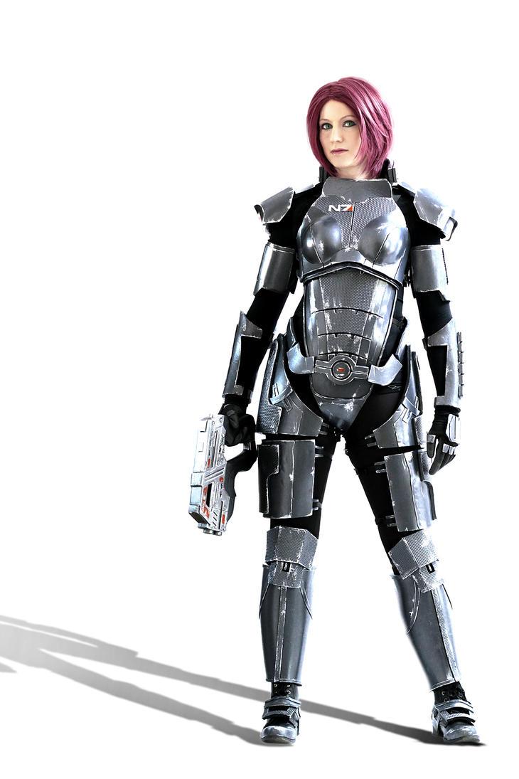 Commander Shepard: War hero by LittleBlondeGoth