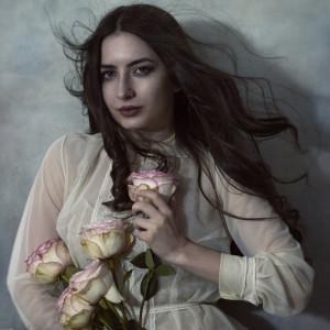 Mihaela-V's Profile Picture