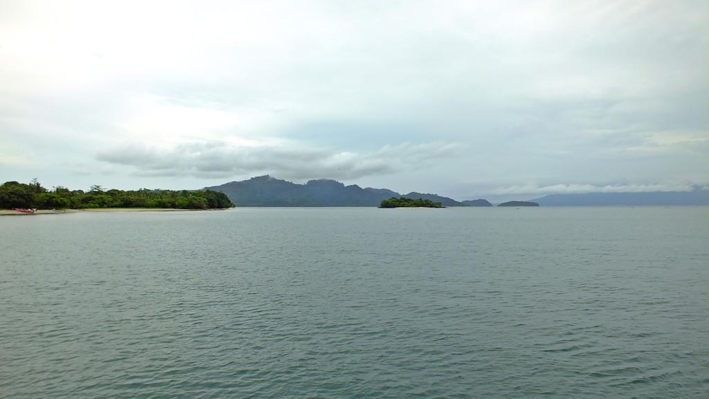 The krakatoa island essay