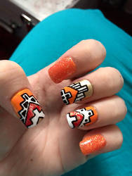 Lined Aztec Nails