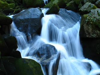 WATERFALL by vanessyca71