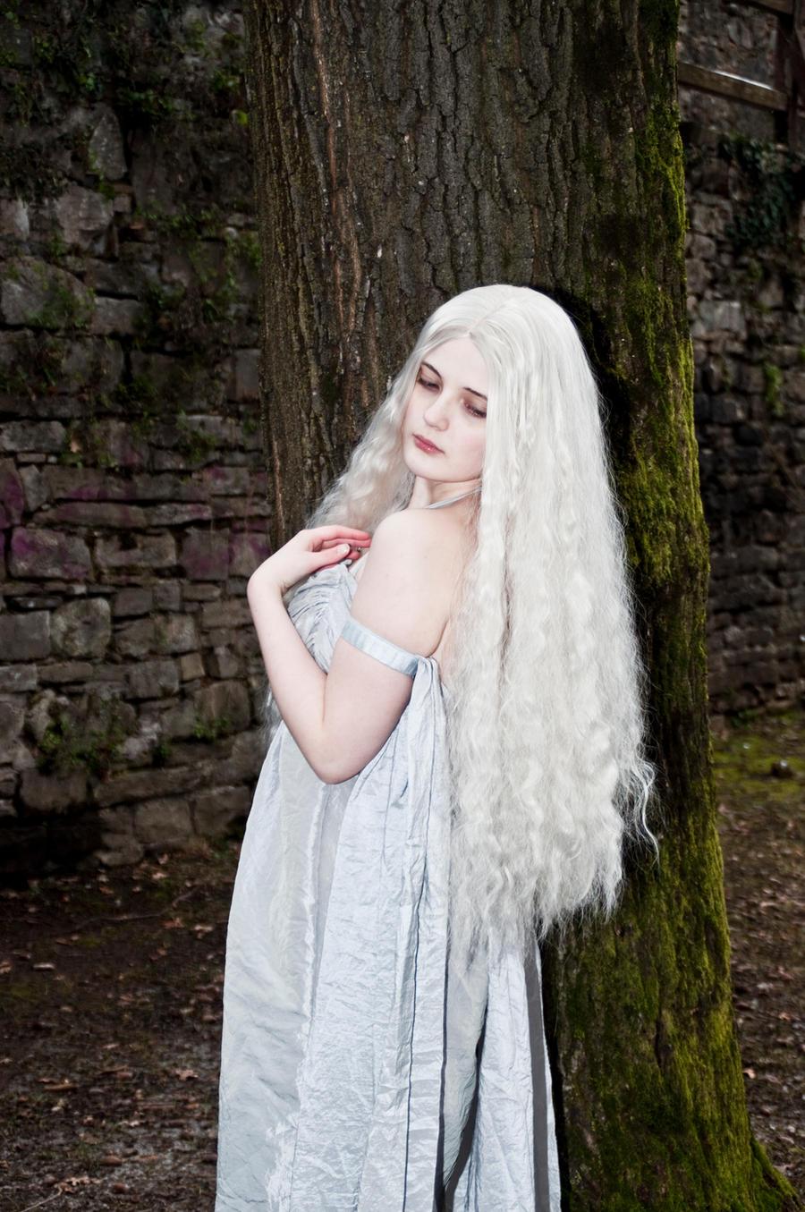 Daenerys Stock 2 by MikkiCrossCC