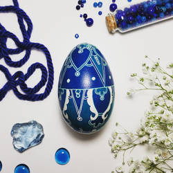 Blue and Teal Turkish Tile Design on Goose egg by Natakuaya