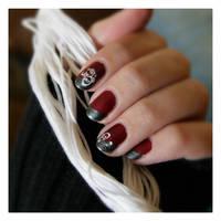 Nail Art: White Swirl by GinkgoWerkstatt