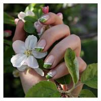 Nail Art: Green Spring by GinkgoWerkstatt