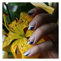 Nail Art: Red Square by GinkgoWerkstatt