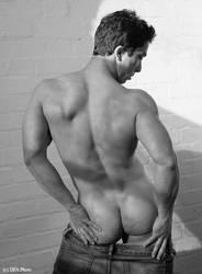 male athlete - back view by artdibujar