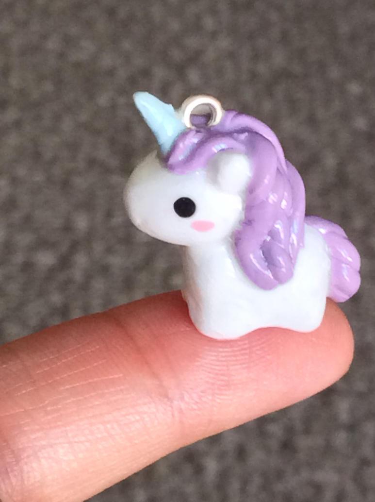 Tiny Unicorn by Lily-L
