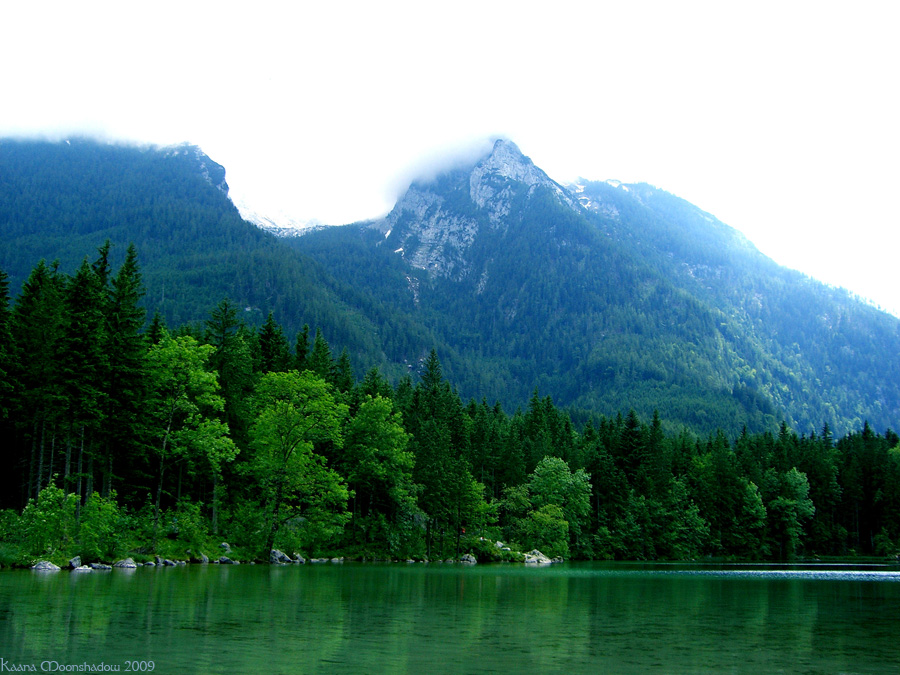 Lake Hinter by KaanaMoonshadow