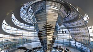 Reichstag Kupel mittel H