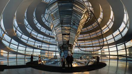 Reichstag Kupel runter by juanmah