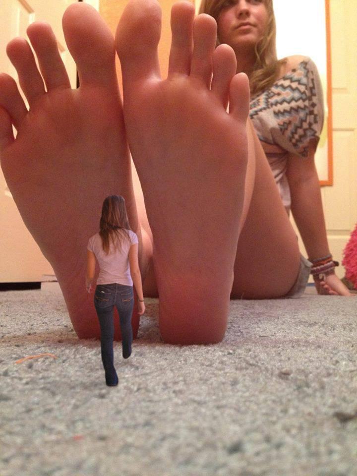 Giantess fetish videos