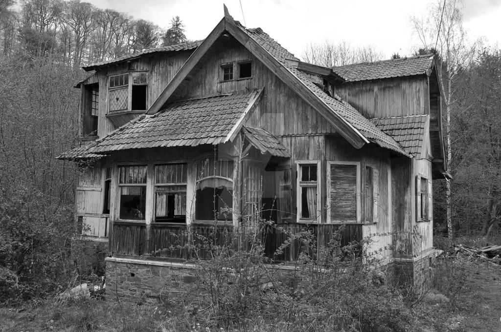 La maison de la sorciere by chynnah on deviantart for La maison des artisans