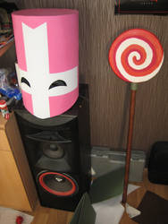 Pink helmet done, lollipop 80% done