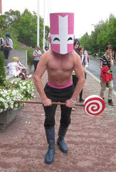 Pink Knight with lollipop
