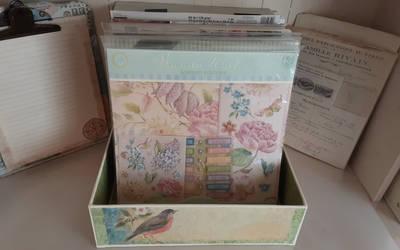 12-x12 Paper Pad Box