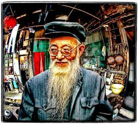 Beardman in China by kimjew