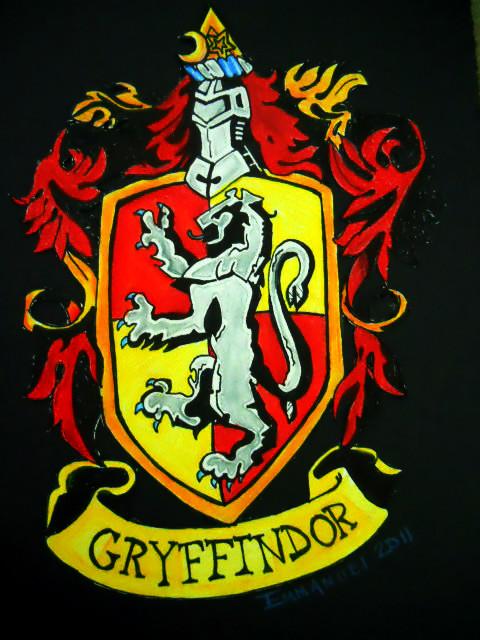 Hogwarts Crest Wallpap...