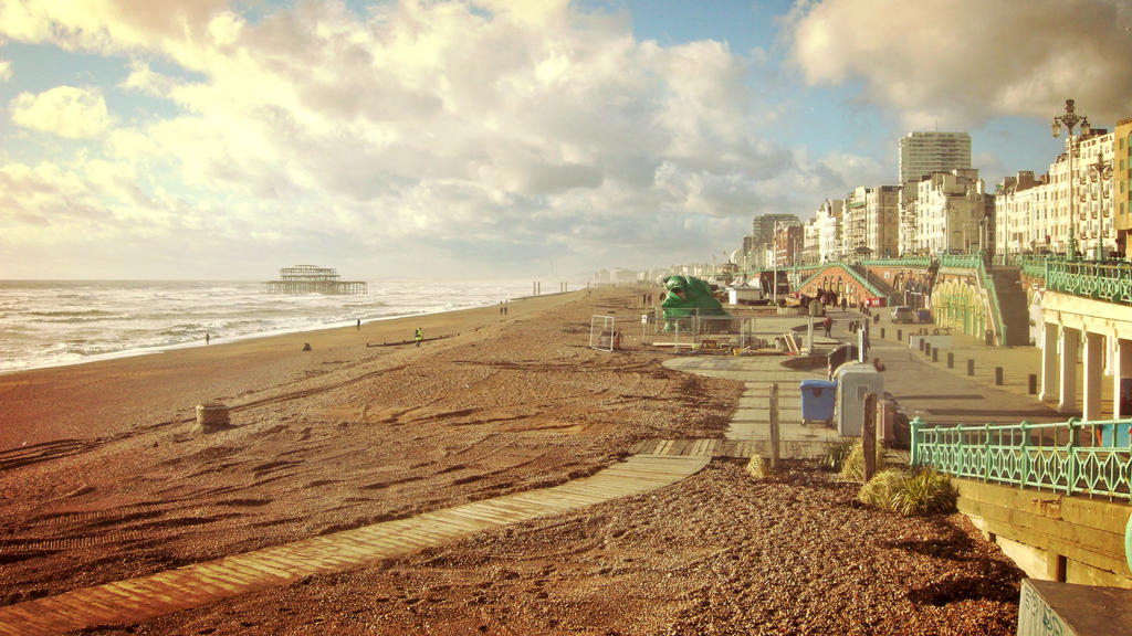 Albion Beach in Brighton by elation-station