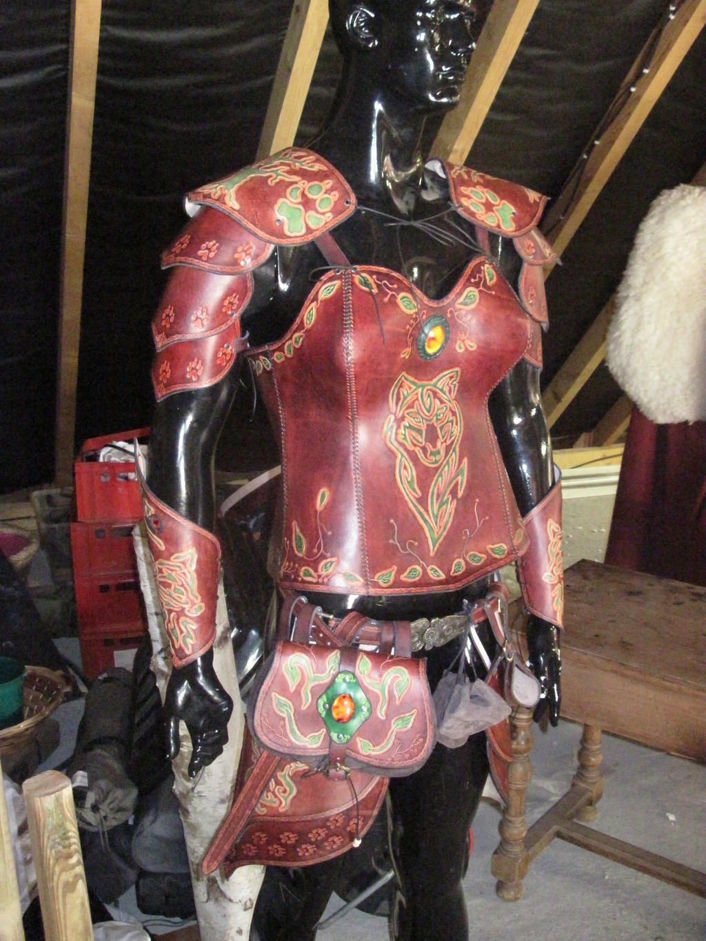 wolf leather armor: