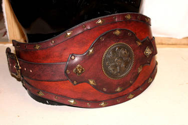 Brown Conan leather war belt by akinra-workshop
