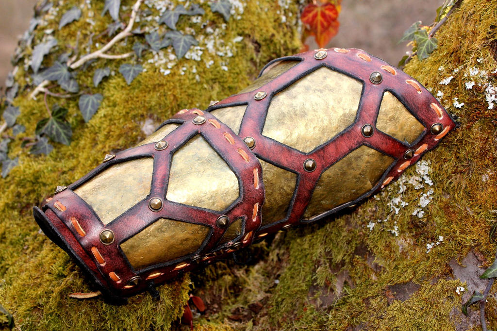 Telarian armor : first step, the bracer by akinra-workshop