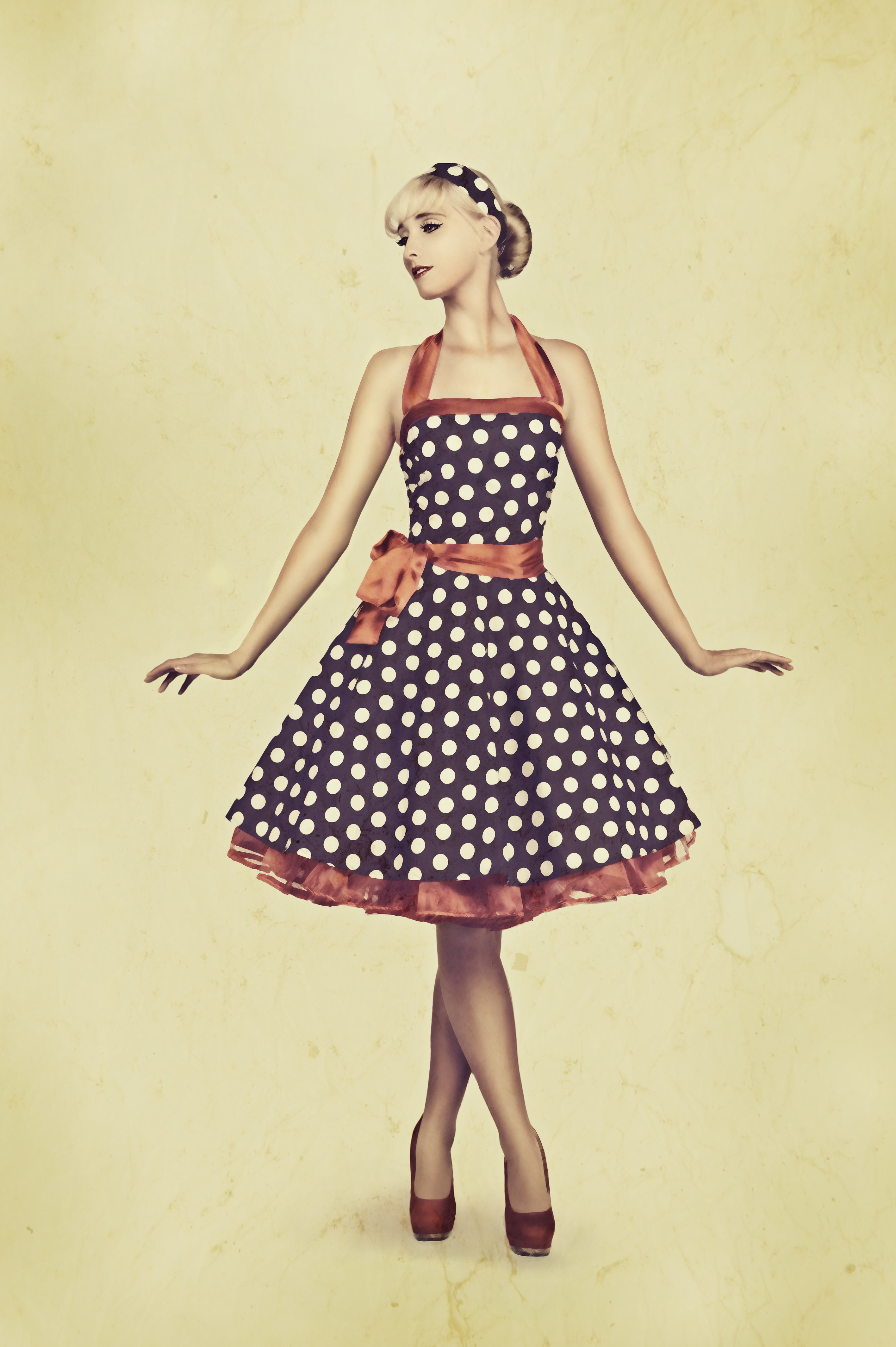 Pin Up Girl With Vintage Texture By Datng8 On Deviantart