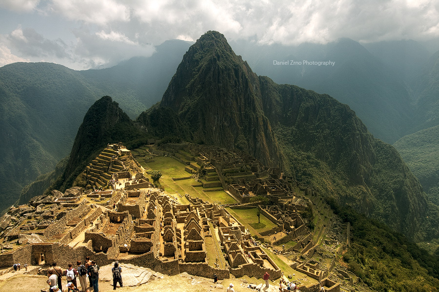 Machu Picchu by DanielZrno
