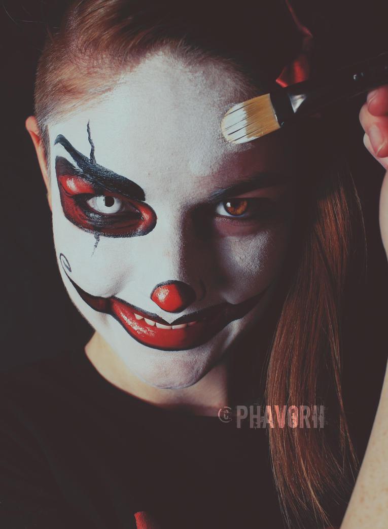 Halloween Season by Phavorii