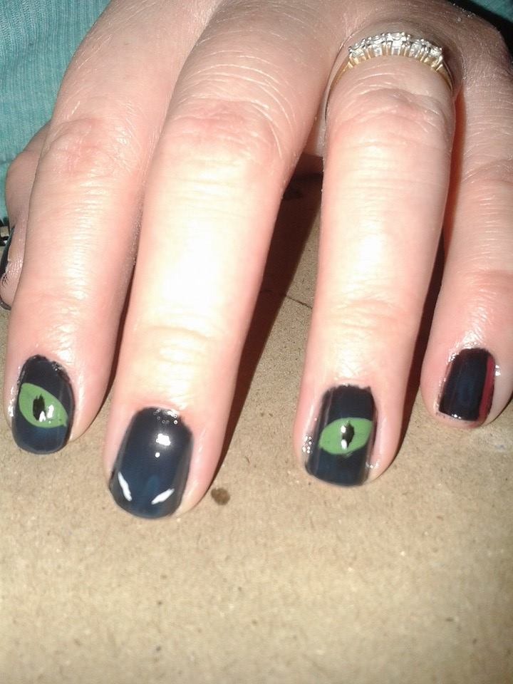 Toothless nails by alfangore