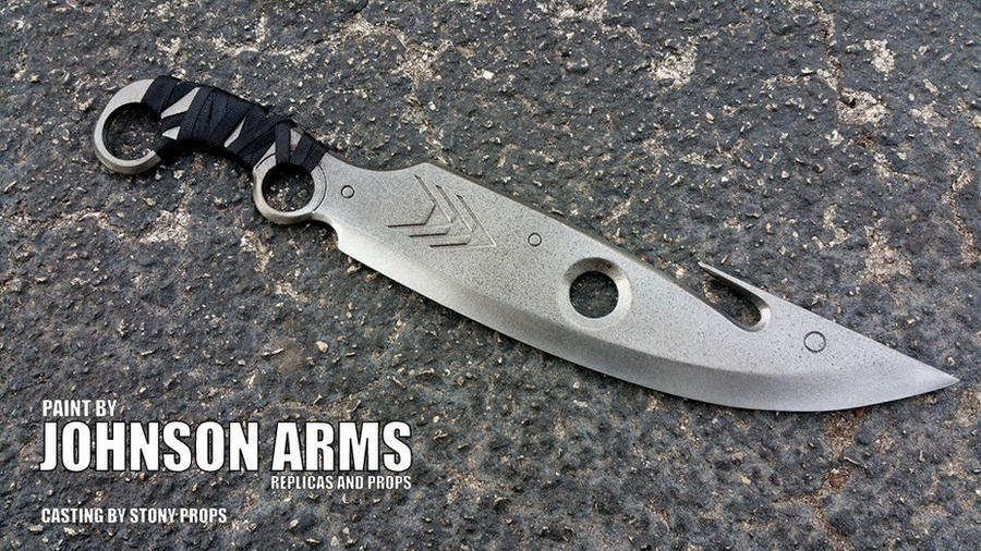 DESTINY Hunter Knife Replica by JohnsonArms