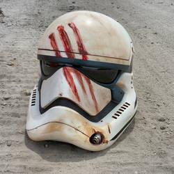The Traitor Helmet by JohnsonArmsProps