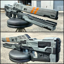 Halo Railgun Replica by JohnsonArmsProps