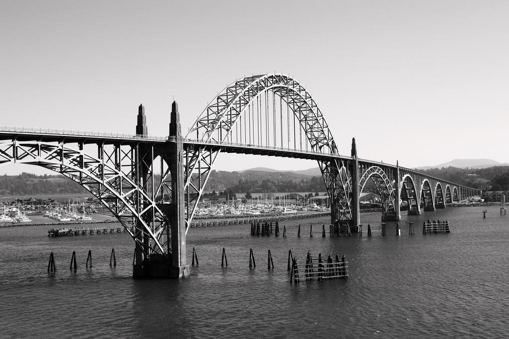 Yaquina Bay Bridge 3 by ringmale