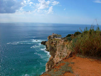 Nazare - lighthouse by dcheeky
