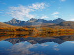 Autumn reflections in Rondane