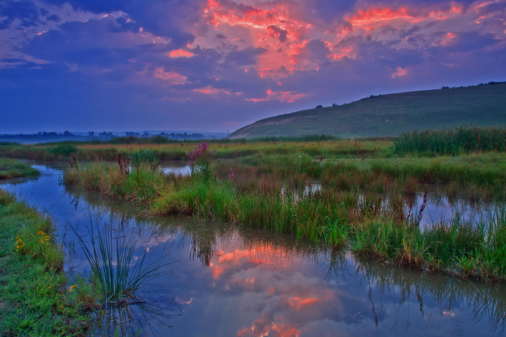 Sunrise on lake by lica20