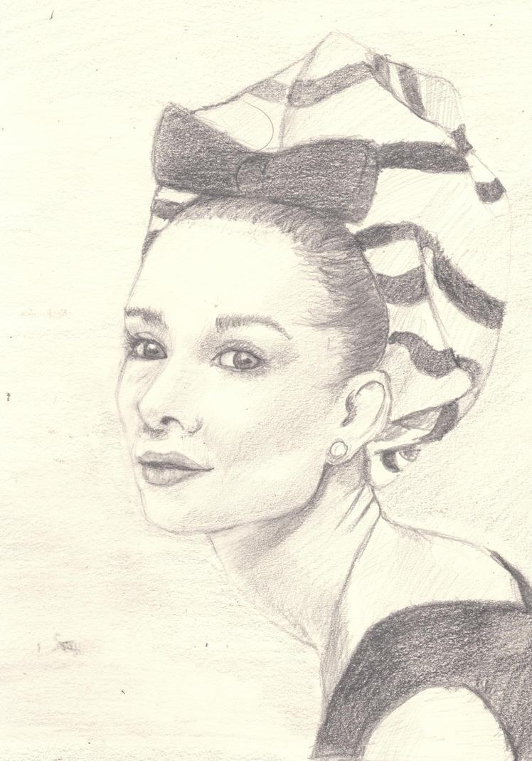 Audrey Hepburn by Pensierorumoroso