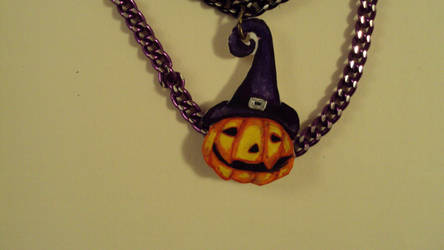 Pumpkin Necklace close up