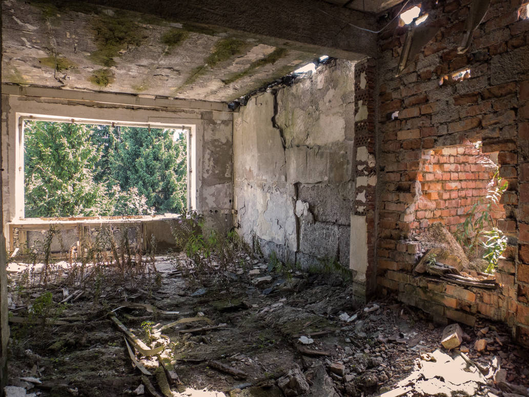 Broken Wall by EasternExploration