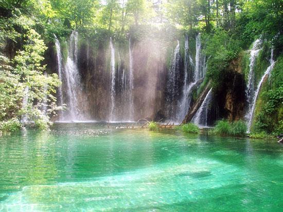 Vodopadi - Page 2 Waterfall_by_JackSparrow130