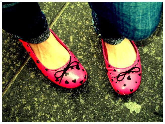 Laceando sapatos...