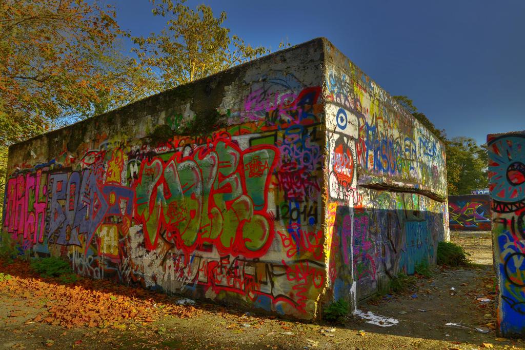 tag street Orangerie 2 by Satourne