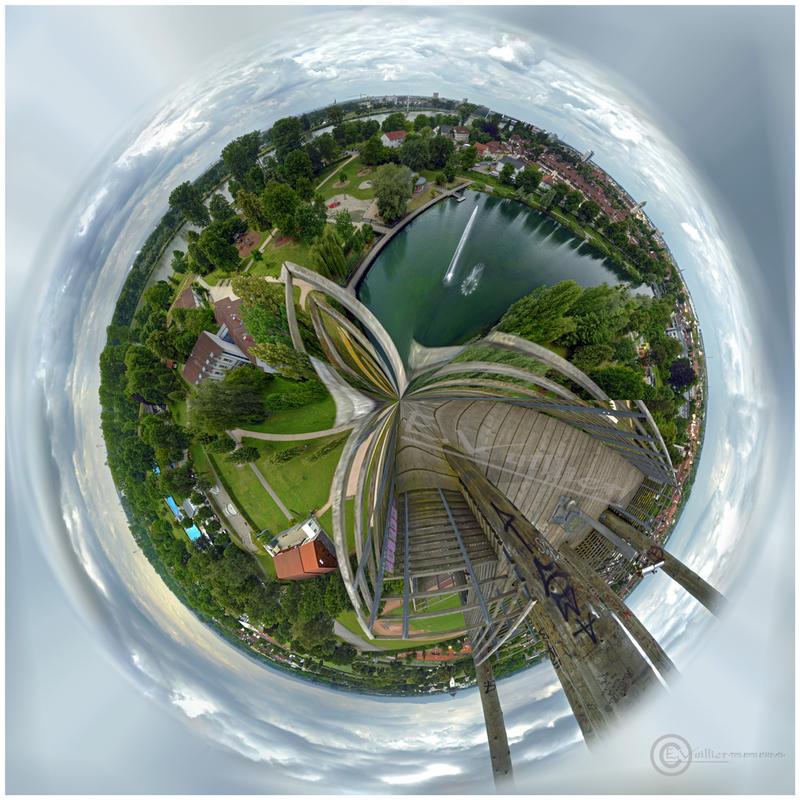 Planete Tour a Khel by Satourne