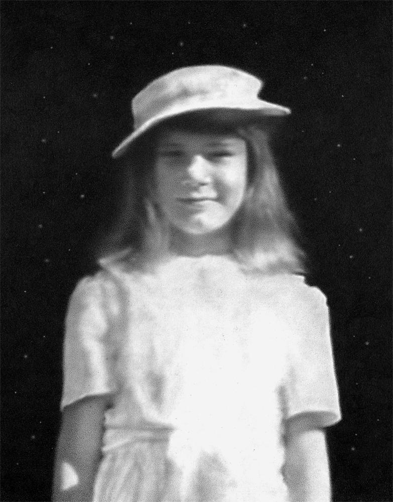 Mom (Child Portrait) III by o0Amphigory0o