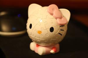 Hello Kitty Puzzle Head by katrivsor