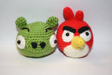Crochet angry bird pig by katrivsor