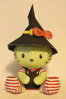 Hello Kitty Witch Papercraft by katrivsor
